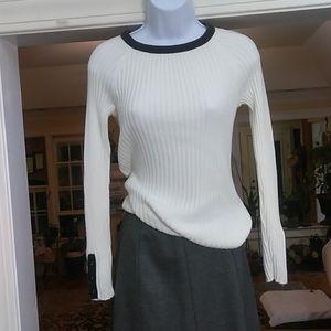 Loft ladies long sleeved top